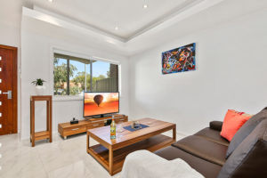 VILLA HODGINKSON 18-1 Holiday Accommodation Sydney Properties
